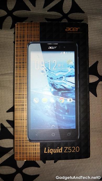 Acer Liquid Z520 unboxing