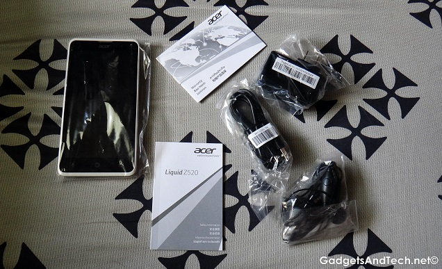 Acer Liquid Z520 box contents