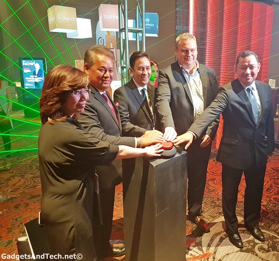 digital now! smart and pldt executives