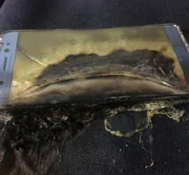 Samsung Galaxy Note7 explodes