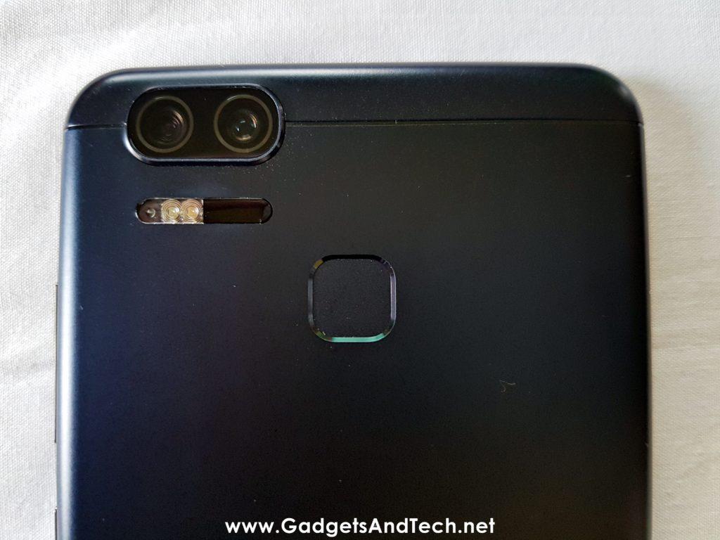 ASUS Zenfone 3 Zoom fingerprint sensor dual camera flash